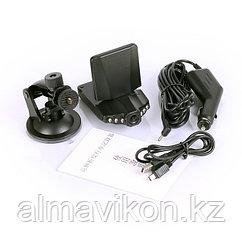 Автомобильный видеорегистратор HD 198