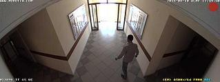 Наблюдение за коридором внутренней панорамной камерой