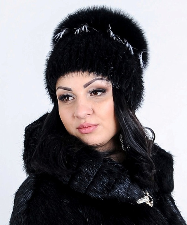 Женская песцовая шапка, казахстан