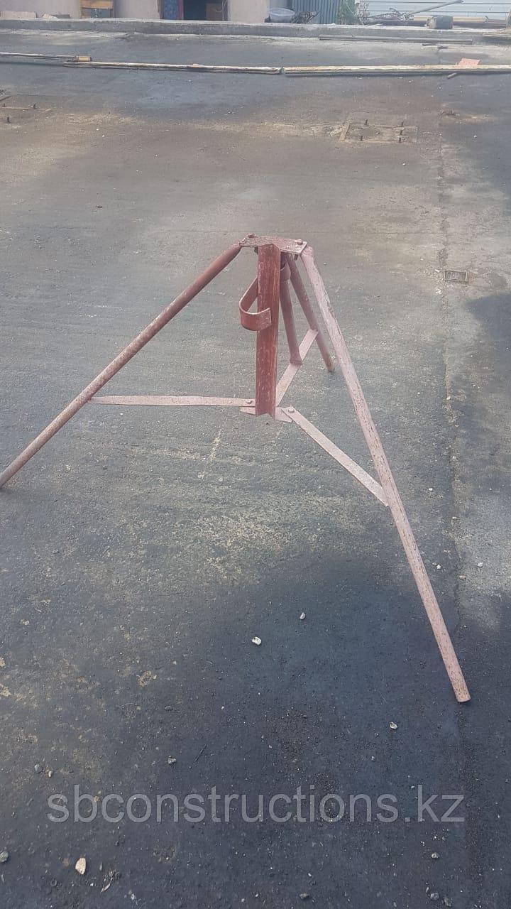 Тринога для телескопической стойки Б\У