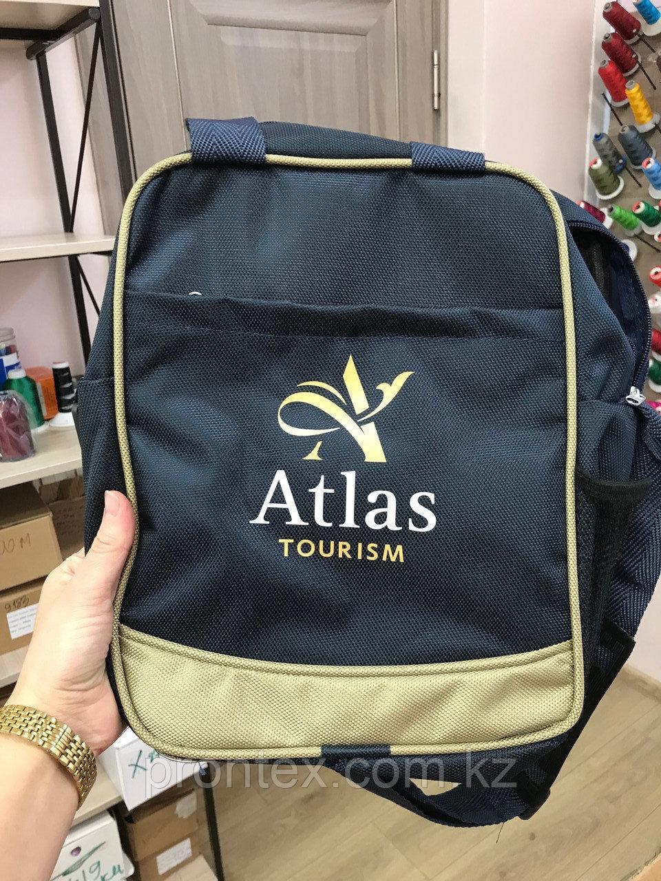 Нанесение логотипа на сумку.