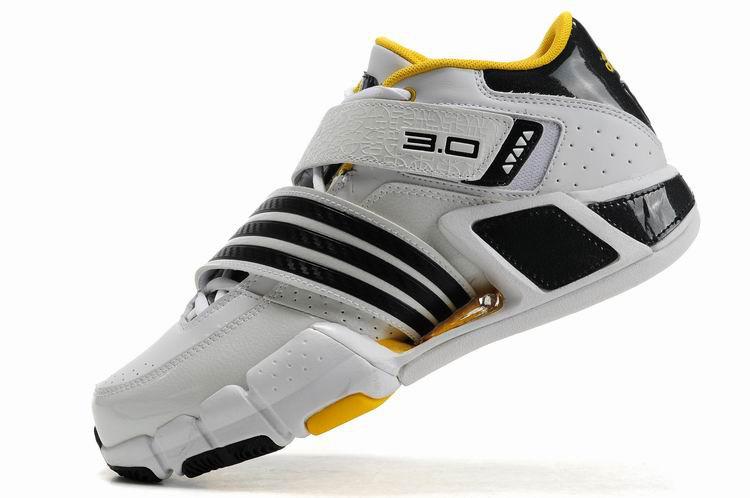 Баскетбольные кроссовки Adidas T-Mac 3 (Tracy McGrady) бело-желтые