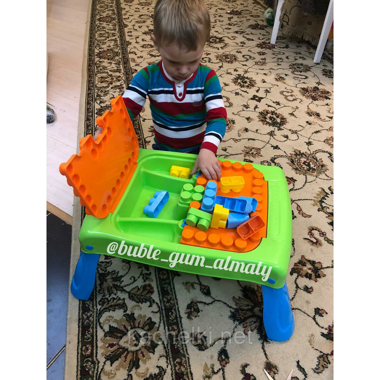 Набор игровой с конструктором (20 элементов) в коробке