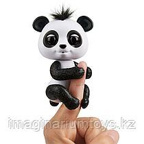 Интерактивная панда Фингерлингс Fingerlings черно-белая