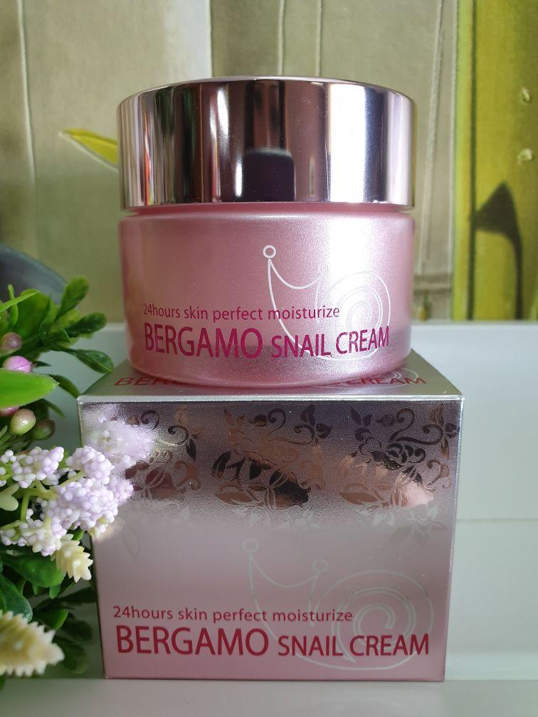 Крем для лица Bergamo Snail Cream 24 hours 50g.