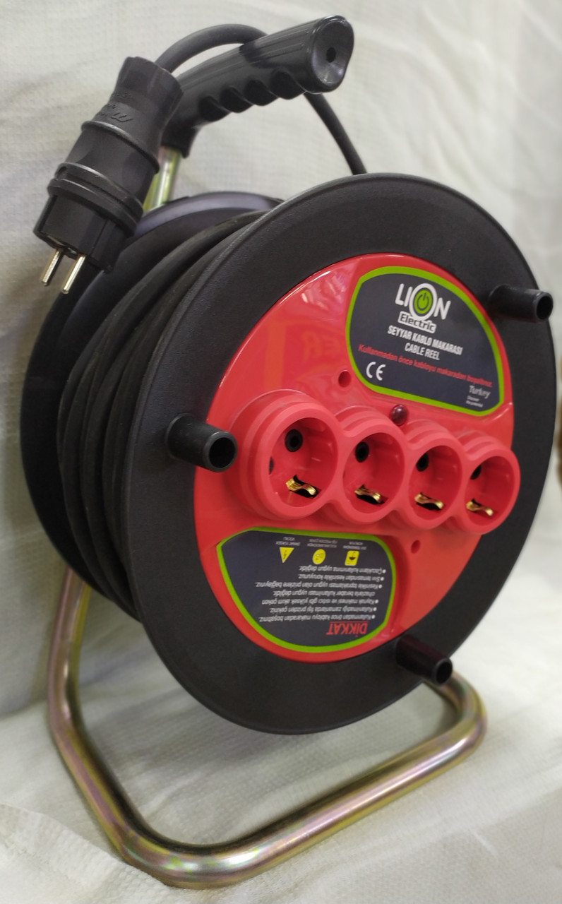 Удлинитель на катушке 40м кабель 2х2.5