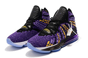 "Баскетбольные кроссовки Nike Lebron 17 (XVII ) ""LA Lakers"" sneakers from LeBron James, фото 2"