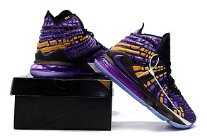 "Баскетбольные кроссовки Nike Lebron 17 (XVII ) ""LA Lakers"" sneakers from LeBron James, фото 3"