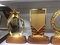 Наградная продукция с гравировкой и нанесением логотипа