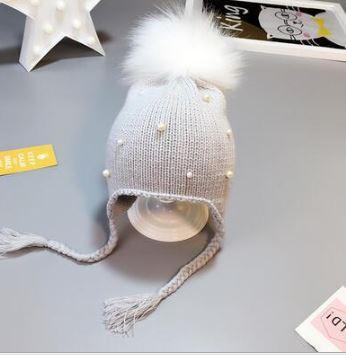 Вязаная шапочка с помпоном, цвет серый