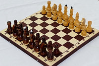 Шахматы обиходные лакированные с темной доской