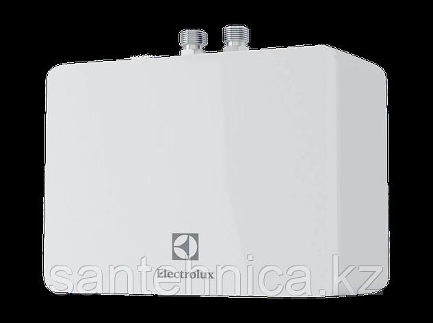 Проточный водонагреватель Electrolux NP 4 Aquatronic 2.0 4 кВт, фото 2
