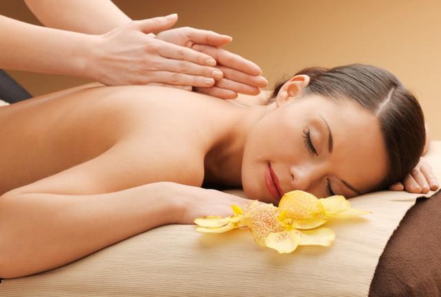 Оздоровительный массаж для спины от специалистов