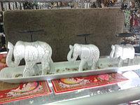 Подсвечники на слонах