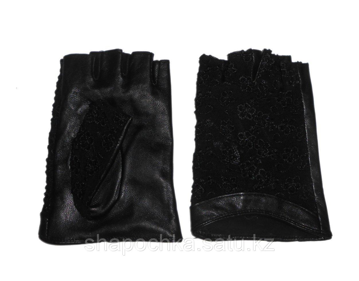 Перчатки жен. без пальцев гипюр черные