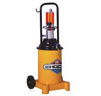 GZ-8  пневматический нагнетатель смазки