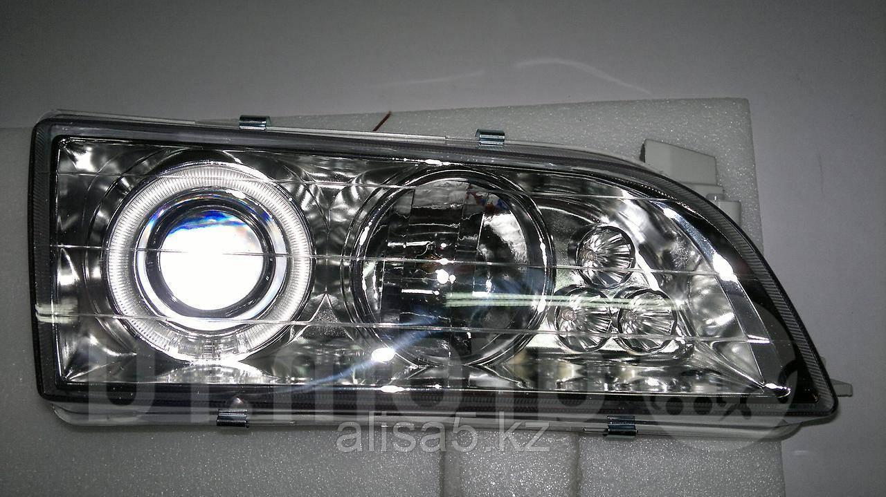 Toyota Сorolla  AE110 99 г. Фара правая (Head lamp 212-1193R-RD rh)