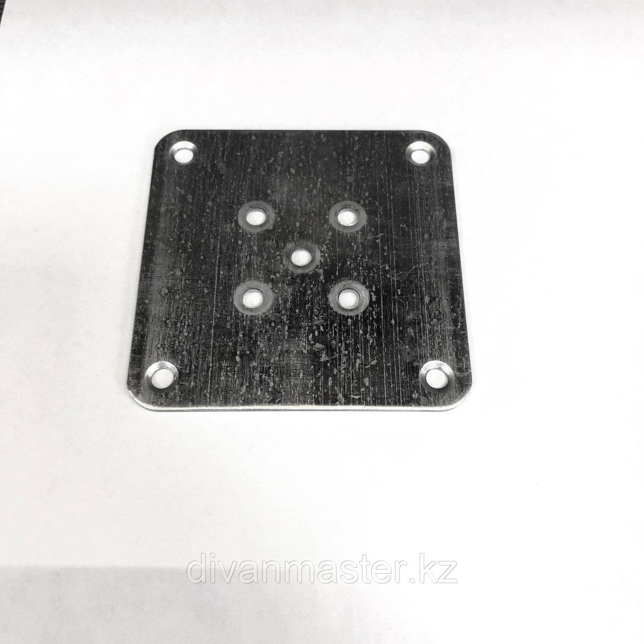 Пластина для крепления деревянных, мебельных опор 9х9см
