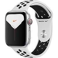 Apple Watch Nike Series 5 40mm Silver Aluminum Case with Nike Sport Band