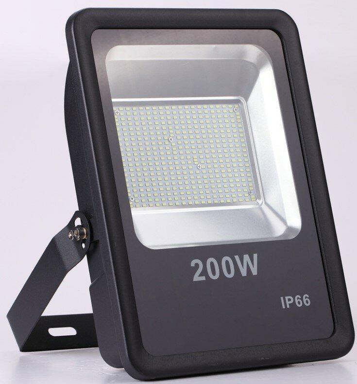 Прожектор 200W