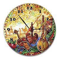 """Настенные часы стеклянные """"Национальный праздник"""""""