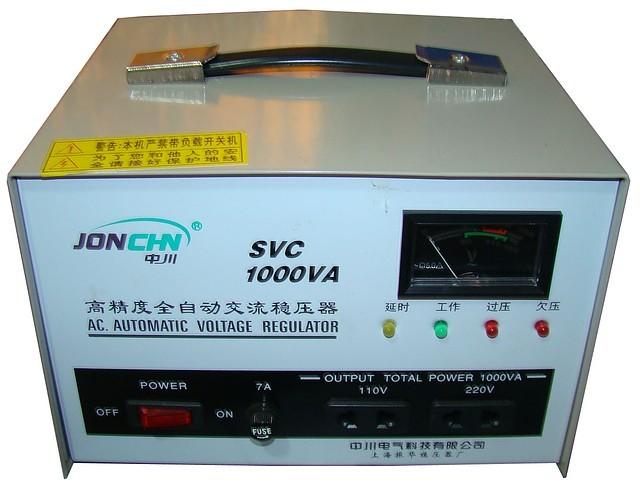 Стабилизатор напряжения JONCHN 1 кВт