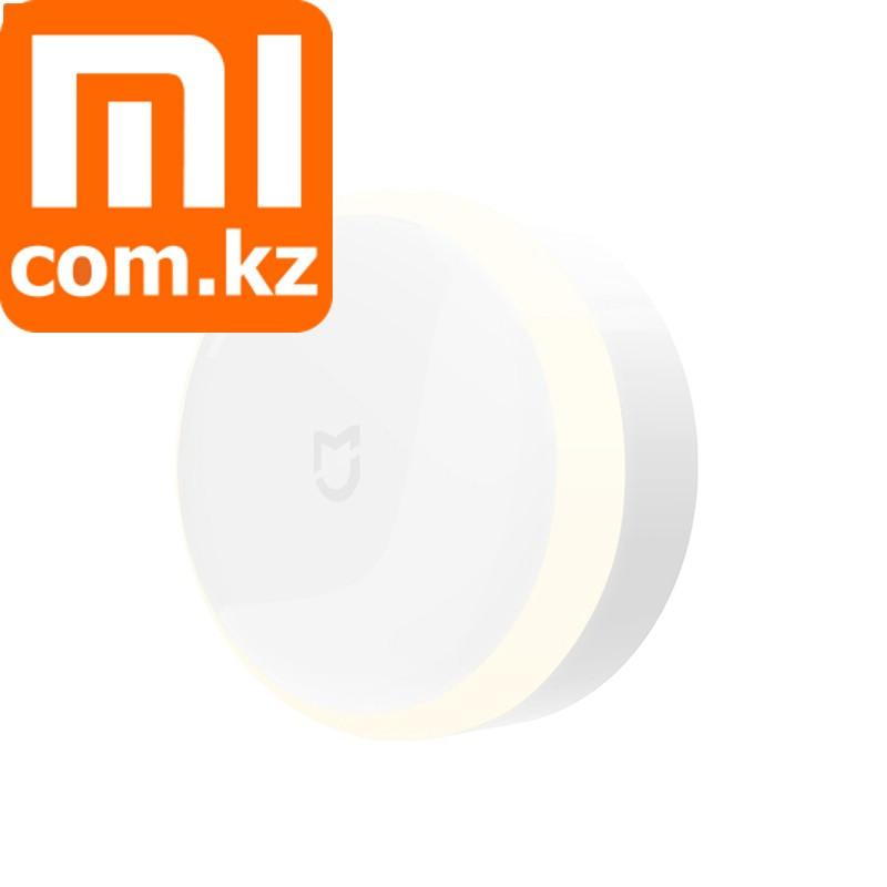 Лампа ночник с датчиком движения. Беспроводная. Xiaomi Mi IR Sensor and Photosensitive Night Ligh.
