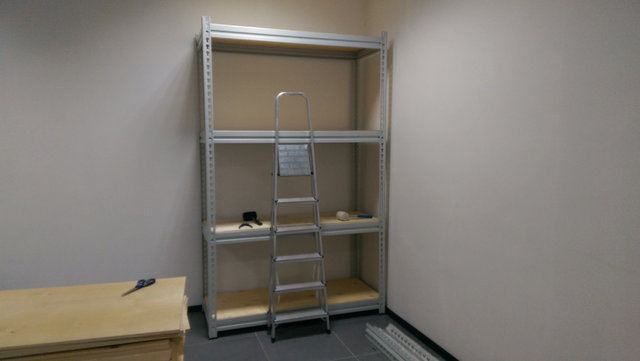 Металлические стеллажи для склада фармецевтической компании -1