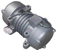 Вибратор универсальный 3 кВт