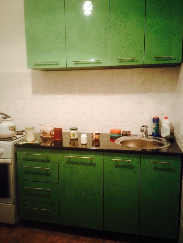 Кухонный гарнитур из акрила.