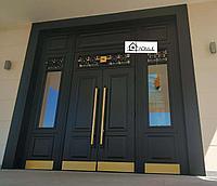 Двери двухстворчатые со стеклом