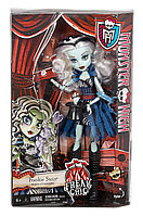 Кукла Монстр Хай Фрэнки Штейн,  Monster High Freak du Chic  - Frankie Stein