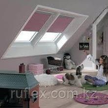 Мансардное окно 55х98 FAKRO в комплекте с окладом для металлочерепицы тел.  Whats Upp. +7 701 100 08 59