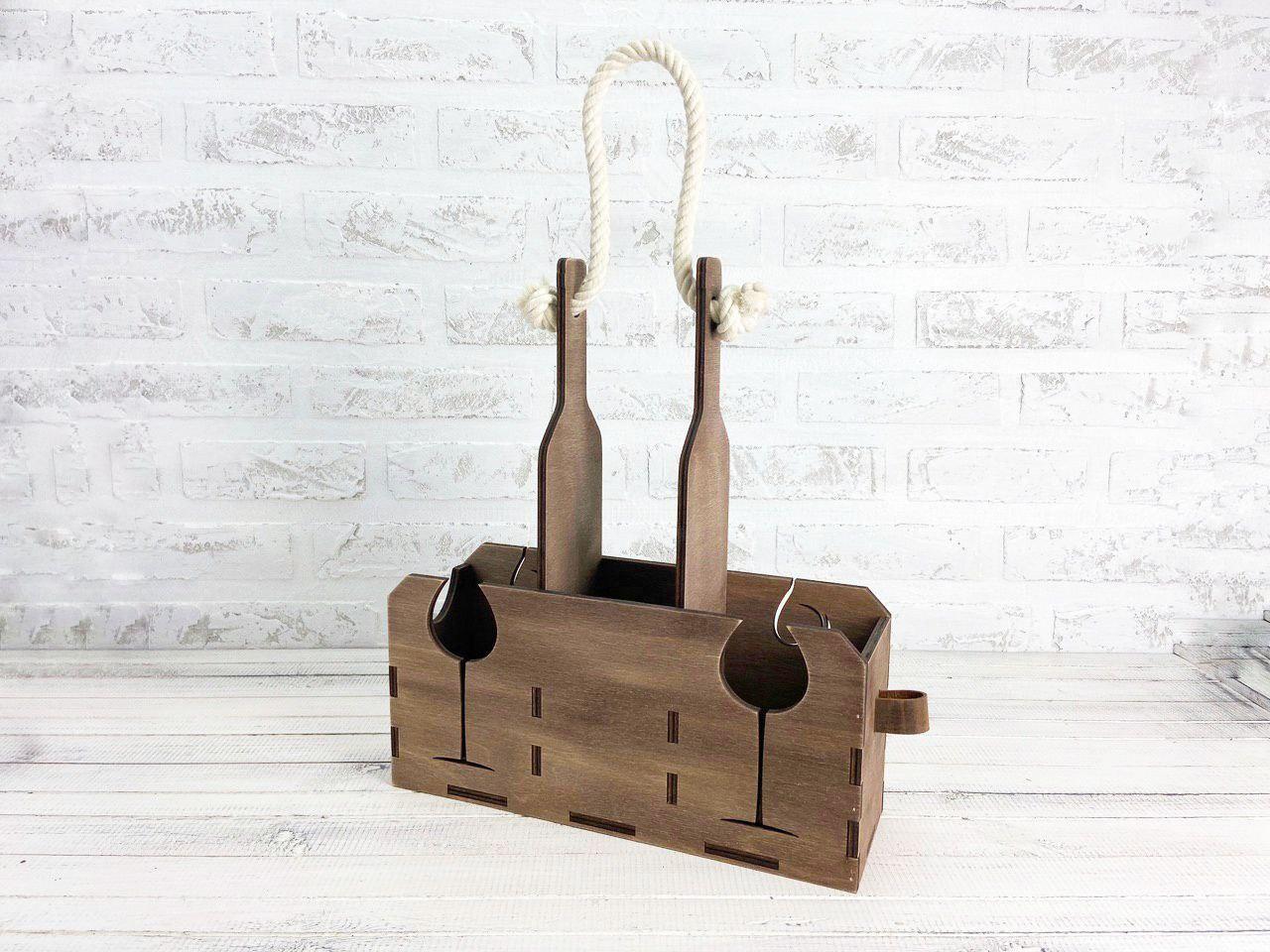 Деревянный ящик для вина. Размер: 29,5 см*9 см*38 см.