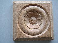 Розетка деревянная квадратная с цветком (60*60) F - 5 (c).