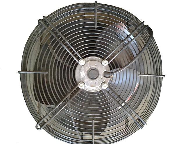 Вентилятор самоохлаждающийся с решеткой д.600