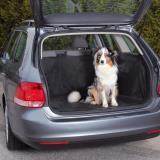 Trixie 1318 Авточехол из водостойкого нейлона для багажника, на липкой ленте, 2,30м.*1,70м. Черный цвет