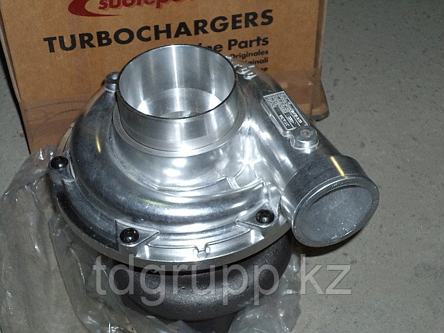 114400-3900 Турбокомпрессор (турбина) Hitachi
