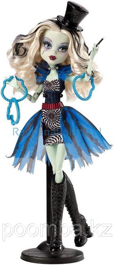 Кукла Монстр Хай Фрэнки Штейн, Monster High Freak du Chic - Frankie Stein
