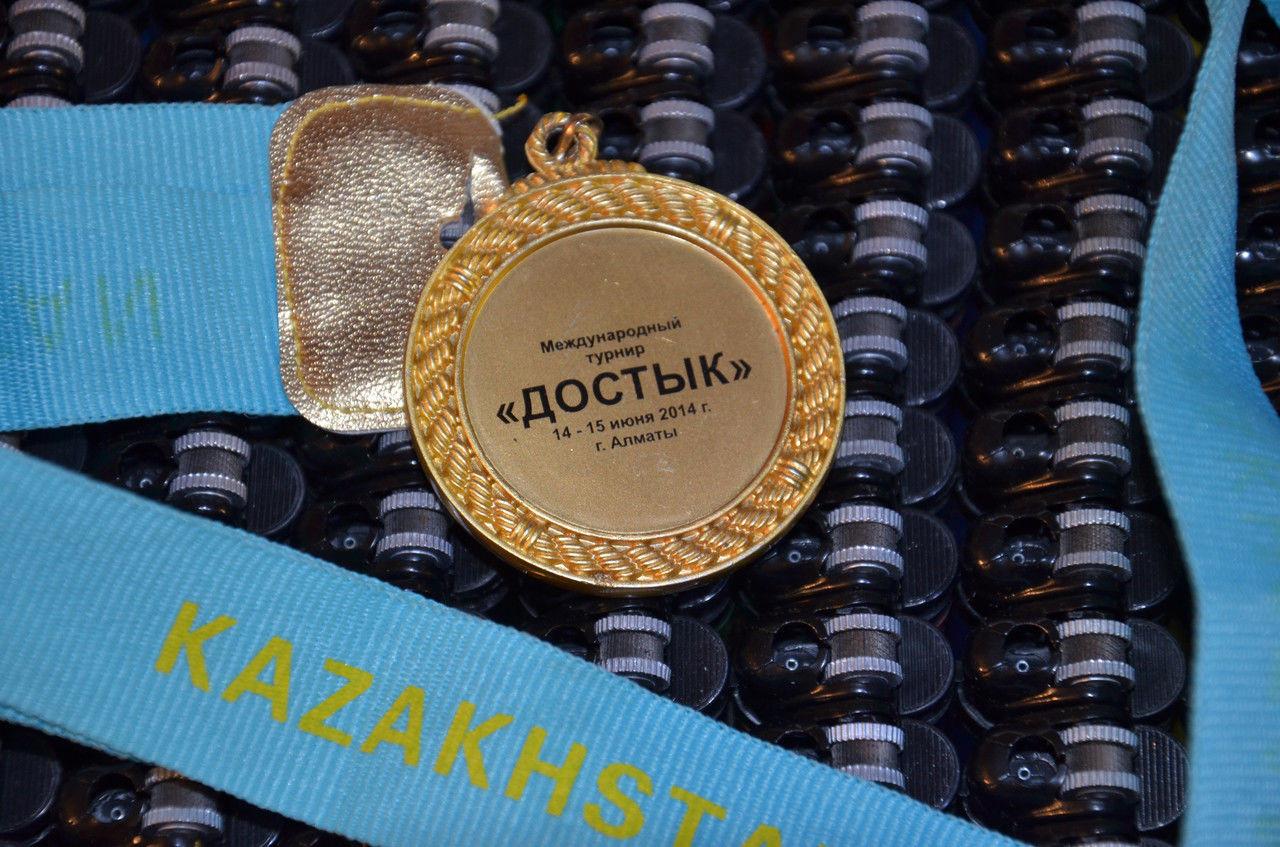 Нанесение логотипа на медалях