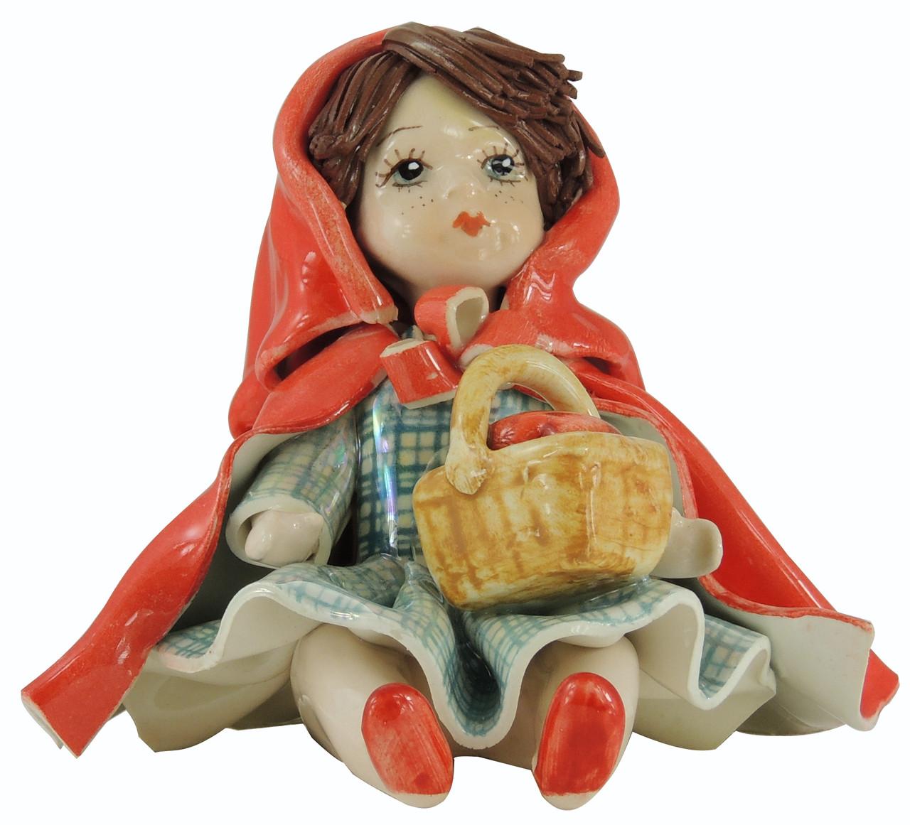 Статуэтка Девочка красная шапочка. Ручная работа, керамика, Италия