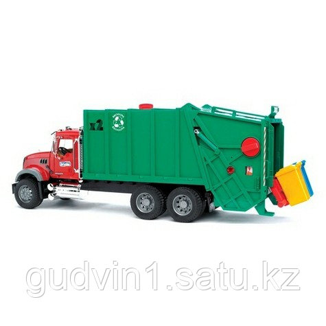 Мусоровоз MACK (зелёный фургон, красная кабина) Bruder (Брудер) (Арт. 02-812 02812)