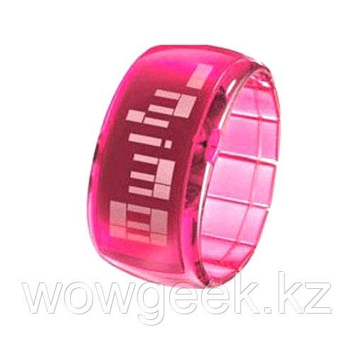 Стильные светодиодные часы - Dot-Matrix Pink