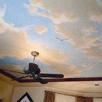 Наклейка фото обоев на потолок