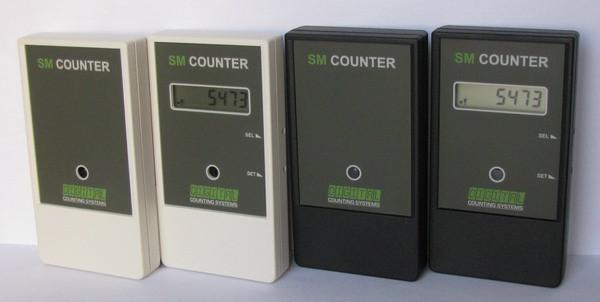 """Счетчик """"SM Counter"""" в черном и белом вариантах исполнения корпуса"""