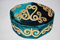 Тюбетейка с казахскими орнаментами