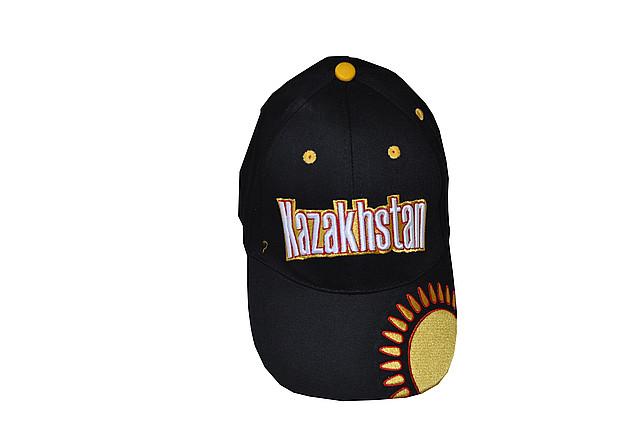 Бейсболка с надписью Kazakhstan