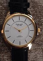 Часы Omax (Япония),  с логотипом.