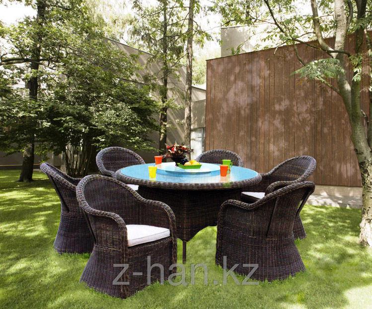 Набор мебели, стол + четыре кресла, искусственный ротнаг