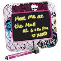 Доска для рисования Monster High Light-Up Message Board Magnetic Mount - Magic Games & Toys в Алматинской области